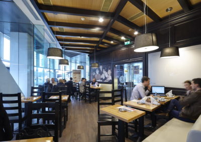 08 city cafe restaurant 3 1568